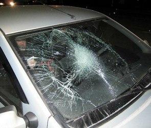 В Воронеже водитель Mercedes обстрелял машину из пистолета (ВИДЕО)