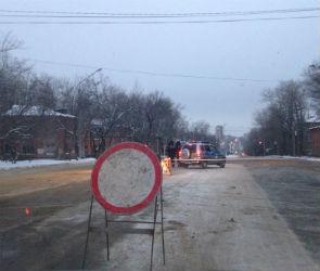 В Воронеже прорыв трубы оставил без воды жильцов 144 домов в Советском районе