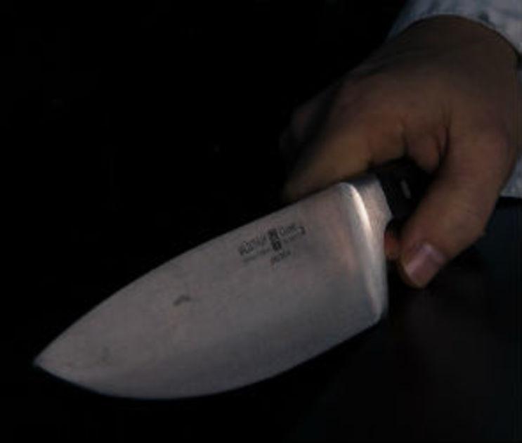 В Воронеже мужчина сломал челюсть соседу и грозился убить двух человек