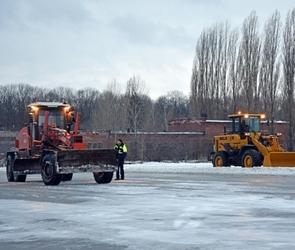 Из-за ледяного дождя в Воронеже отменили  авиарейсы (ФОТО)