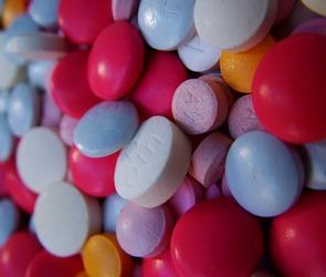 Завышающие цены аптеки будут временно закрывать