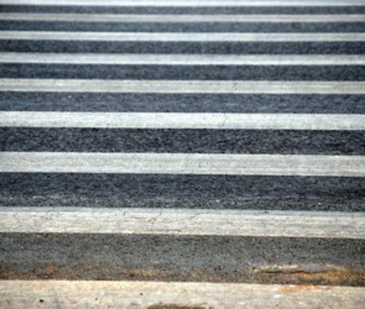 В Воронеже на «зебре» под колеса «Форда» попали три пешехода