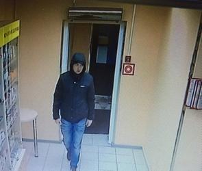 Ограбление воронежской аптеки «Здоровый город» попало на камеру (ВИДЕО)