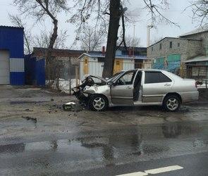 В Воронеже из-за ДТП на улице Грамши образовалась огромная пробка (ФОТО)