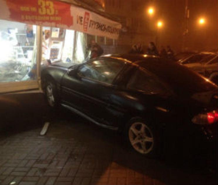 В Воронеже задержали водителя, протаранившего «Русский Аппетит»