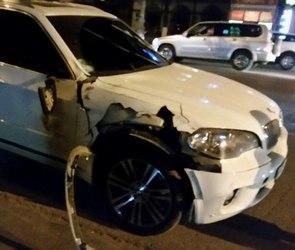 Водитель BMW, насмерть сбивший школьницу у Дома офицеров, не признает вину