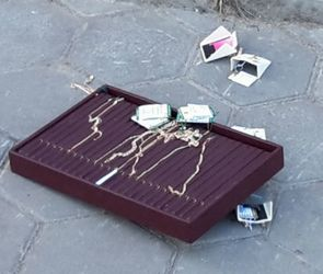 Дерзкое ограбление воронежского ювелирного салона попало на видео