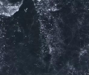 В сети Интернет появилась аэросъёмка льда Воронежского водохранилища (ВИДЕО)