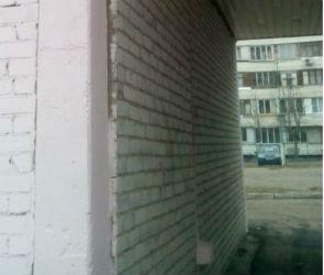 Постройку на территории воронежской школы, угрожавшую жизни детей, снесли