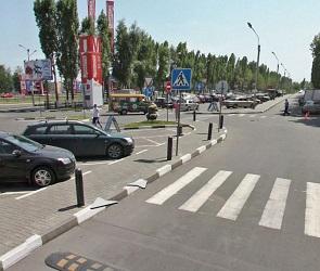 В Воронеже разыскивают водителя, сбившего подростка на парковке у «МП»