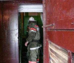 В Воронеже из горящей пятиэтажки спасли 10 человек