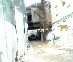 В Воронеже рабочий разбился, упав с 10 этажа на стройке «Галереи Чижова» (ФОТО)