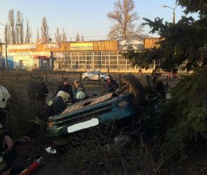 В аварии с участием машины ГИБДД и «Дэу» погиб один человек (ФОТО-ВИДЕО)