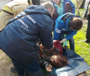 Под Воронежем металлический уголок пробил легкое женщине, упавшей в погреб