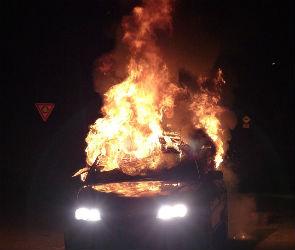 В Воронеже задержали подозреваемого в поджоге машины