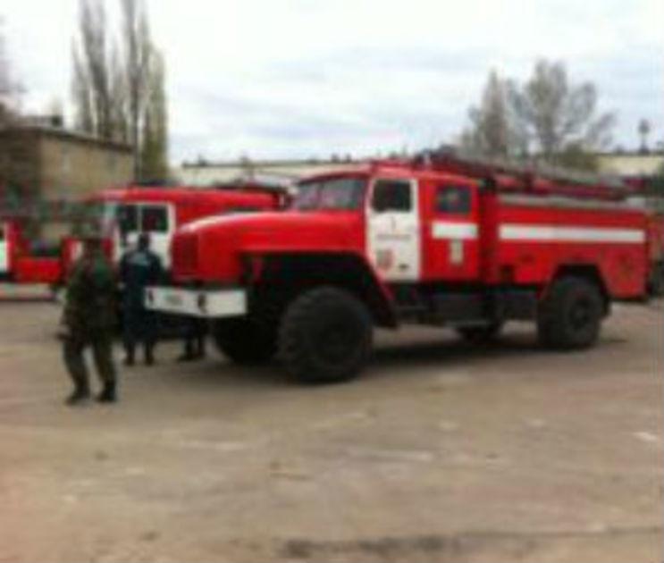 В Воронеже 10 человек ликвидировали пожар в многоэтажке