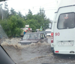 В Воронеже из-за ливня затопило 5 улиц