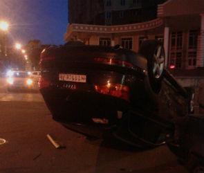 В сети появилось видео аварии с перевернувшейся «Ауди Q7»