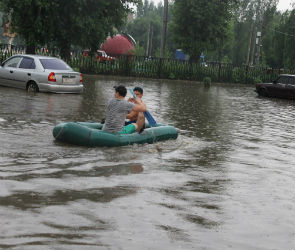В Сети появились фото и видео потопа на юге Воронежской области