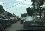 Из-за неработающих светофоров центр Воронежа второй день стоит в пробке
