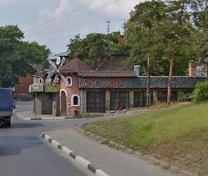 В Воронеже снесут скандально известное кафе