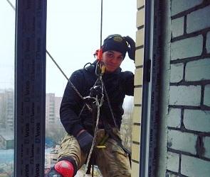 Воронежцу, упавшему с 9 этажа, срочно требуется кровь для переливания