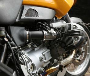В Воронеже иномарка сбила подростков на мотоцикле