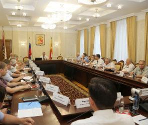 Александр Гусев пообещал, что мэрия будет оперативно решать проблемы ветеранов