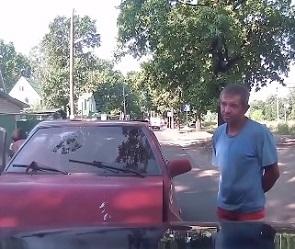 Пьяный водитель в красных трусах устроил ДТП на «встречке» в Воронеже