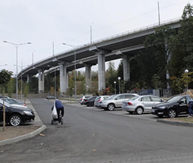 В Воронеже запретят въезд на парковку «Динамо» ночью