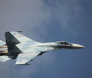 Истребитель с разрушенной кабиной экстренно совершил посадку под Воронежем