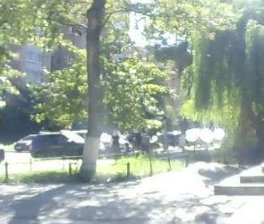 Появилось видео жестокого избиения молодого человека в центре Воронежа