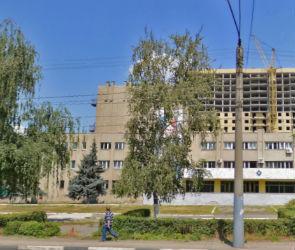 В Воронеже 17-летний подросток сорвался с крыши ДК Машиностроителей