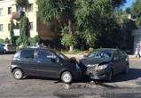 Четыре человека пострадали в ДТП с двумя иномарками в Воронеже