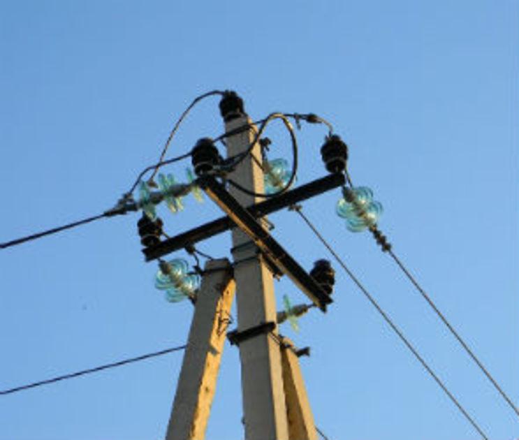 Из-за обрыва проводов под Воронежем почти три дня не было света