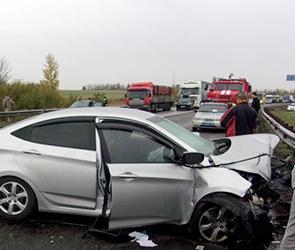 Молодая женщина погибла в крупном ДТП с крымским водителем на М-4 под Воронежем