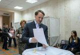 Губернатор Алексей Гордеев принял участие в голосовании
