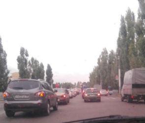 Из-за дорожных работ и аварий Воронеж вновь стоит в пробках