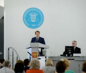 Алексей Гордеев не уходит с поста губернатора Воронежской области