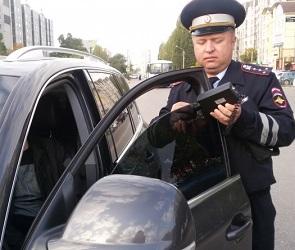 В Воронеже инспекторы ГИБДД массово штрафовали водителей за тонировку
