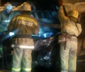 В Воронеже со второй попытки сожгли дорогую иномарку