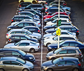 Воронежские власти ищут инвестора для создания сети платных парковок к 2020 году