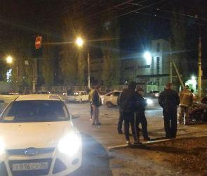 Второе за месяц страшное ДТП на Ленинском проспекте: есть пострадавшие