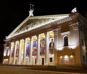 Хористы воронежского оперного театра отложили «немую забастовку» на 10 дней