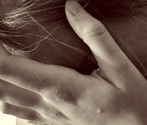 В Воронеже на проспекте Труда девушка пыталась совершить суицид в квартире друга