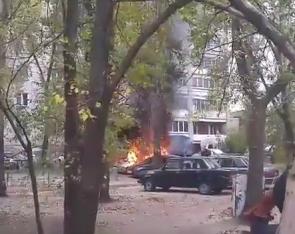 В сети появилось видео с «Приорой», сгоревшей на Левом берегу