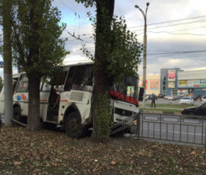 Полиция начала проверку по факту ДТП с пассажирским автобусом в Воронеже