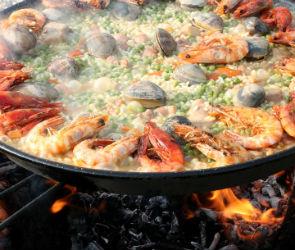 Казаки накормят воронежцев паэльей на фестивале национальной кухни