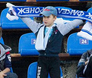 Воронежский «Факел» на стадионе без фанатов победил питерский «Зенит-2»