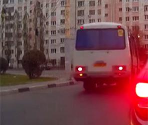 Власти выяснили, почему воронежские маршрутчики лихачат и нарушают правила